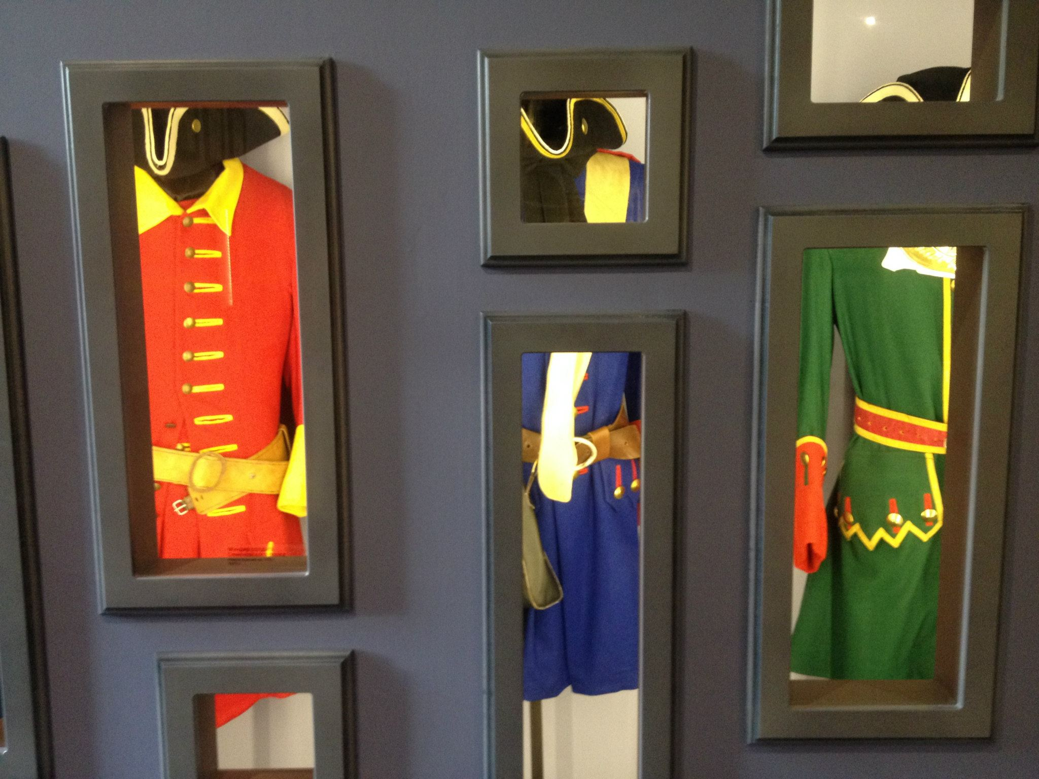 Витрина исторического костюма